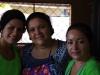 De eigenaresse van Zabamar, tevens de kok en haar hulpjes