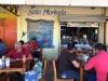 We lunchen bij een soda in de naast gelegen markthal