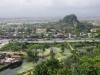 Leuk zijn de uitzichtpunten over Dà Nang, het strand, de zee en de grotten