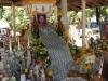 De gedenkingsdienst voor een belangrijke, op 96-jarige leeftijd overleden monnik, is al in volle gang