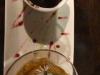 Chocolademousse, warm, en ijs van maracuja