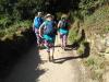 Deze Australische dames, in totaal 6, zijn vandaag gestart in Sarria en hebben speciaal voor de camino deze fleurige outfits aangeschaft