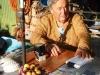Maria, de dochter van de in 2002 op 96-jarige leeftijd overleden legende Felisa, voorziet de peregrino nu van stempels
