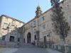 Het oude klooster, nu Museo do Pobo Galego (volkenkunde uit Galicië)