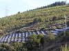 Zonnepanelen tegen de bergwanden