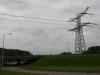 Onder de N218 door wandelen we Oostvoorne binnen