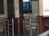 De grensovergang van Cambodja; we moeten opschieten, om 12 uur gaat de douanebeamte eten