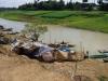 Zo wonen de vissers langs de rivier