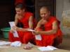 Boeddhisten bundelen gebedsbriefjes