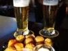 De traditionele bal met bier