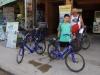 Voor 30.000 KIP huren we prima fietsen