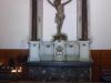 Het beeld van Christus aan het kruis is uit de 17e eeuw