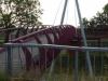 Net voor Vucht steken we een mooi aangelegde en ontworpen brug, tegelijk over het kanaal en de weg, over