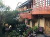 Amaru Colonial, we hebben een mooie kamer met balkon