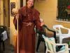 Léon wordt omgetoverd tot monnik
