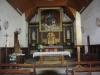 De kerk van Le-Châtenet-en-Dognon is open, maar de bakker is dicht