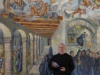 De muurschilderingen in het klooster, aangebracht na de brand van 1951 tengevolge van het stoken van alcohol
