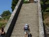 De trap naar het centrum van Portomarín