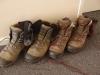 De schoenen en sokken worden naar de gang verbannen