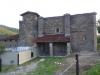 De kerk van Esteribar bestaat uit 4 verschillende bouwstijlen