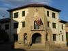 Het gemeentehuis van dit lieflijke dorpje