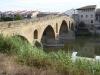Puenta de la Reina, de stad is vernoemd naar de brug