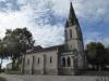 De kerk van Gaillères bezoeken we niet, we drinken we koffie in de bar er tegenover