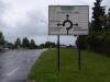 Om 9 uur verlaten we de Auberge du Saumon en lopen een flink stuk langs een drukke weg