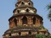 Een oude pagode in deplorabele toestand, werd in 1800-zoveel gerestaureerd