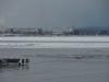Er ligt sneeuw in Moskou, de temperatuur is -1°C; bij vertrek moet het toestel eerst gede-iced worden