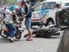 Een scooter wordt aangereden