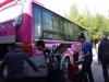 Met de bus worden we naar Cát Bà gebracht
