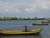Loodsbootjes, verbonden met de pont